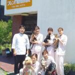 泉佐野市のフレンド動物病院スタッフ集合写真
